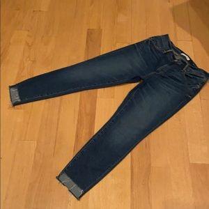 LOFT NWOT size 6 blue skinny jeans